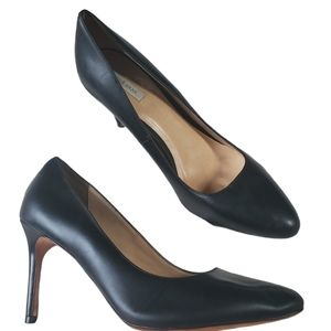 COLE HAAN Heels Black Pointed Toe Leather 10B
